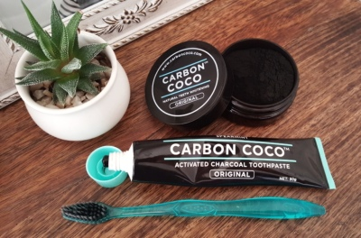 Carbon Coco Charcoal Teeth Whitening