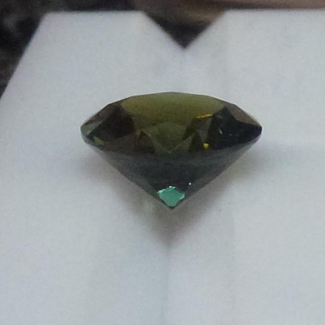 15011 - Forest Green Sapphire