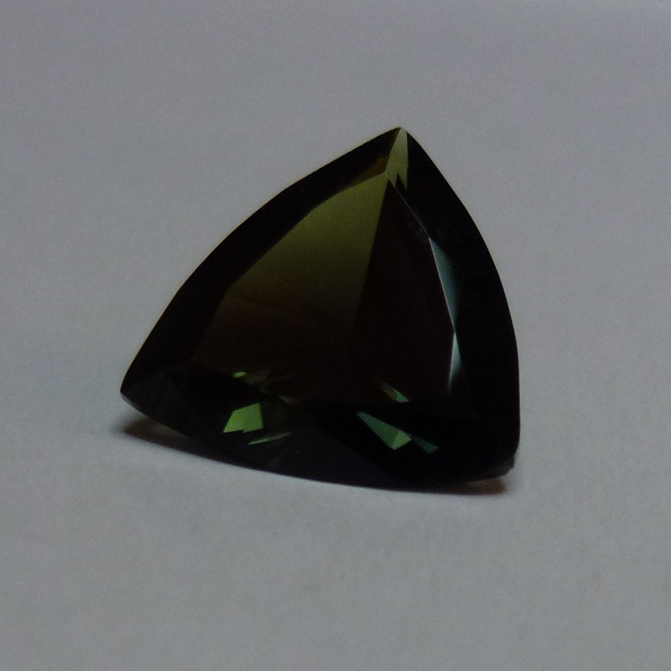 15094 - Green Sapphire
