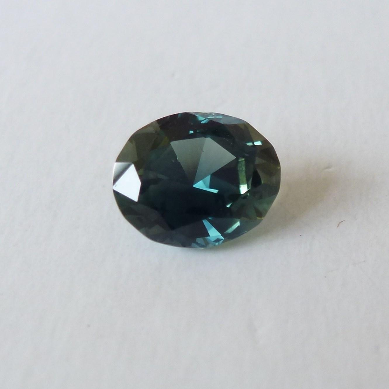 15133 - Pale Blue Parti Sapphire