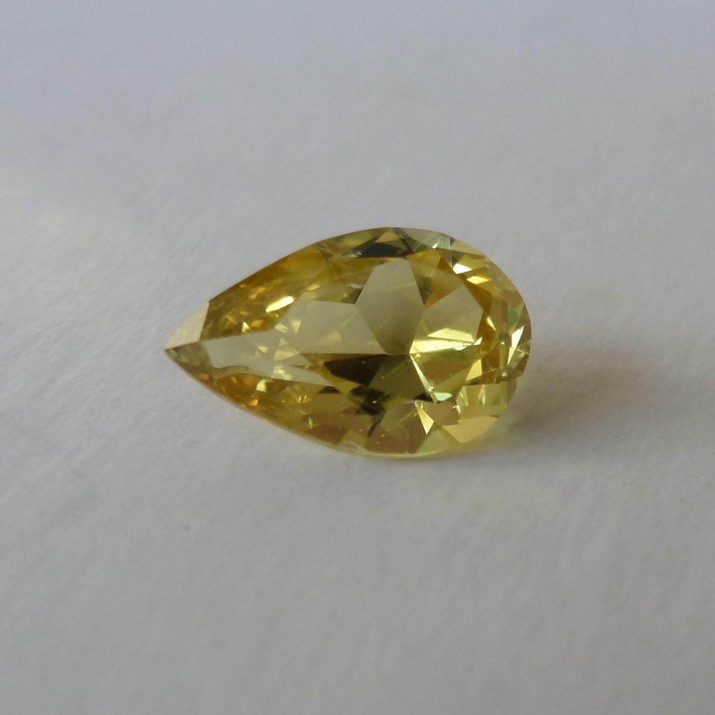 15136 - Yellow Sapphire