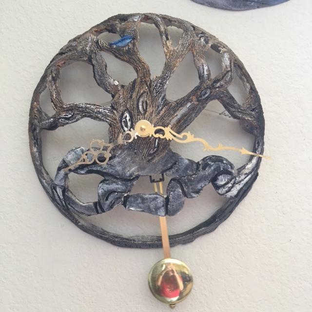 Winter tree with pendulum $255