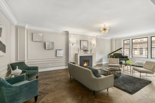 LIVING ROOM OVERLOOKING CARNEGIE HALL WITH WORKING FIREPLACE