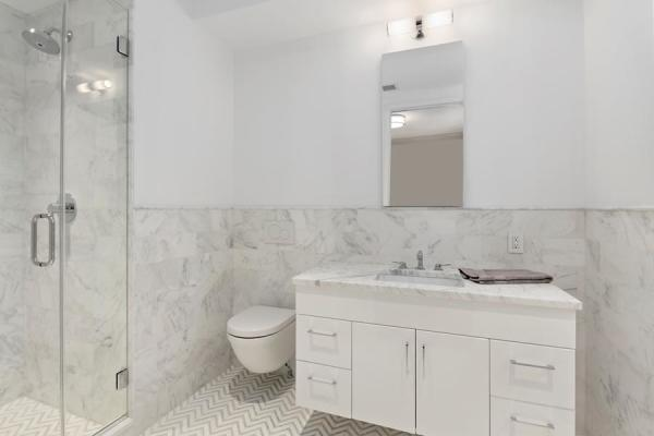 2nd Bedroom marble en-suite