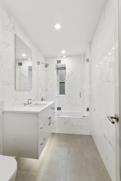 Master Bathroom with Porcelanosa tiles