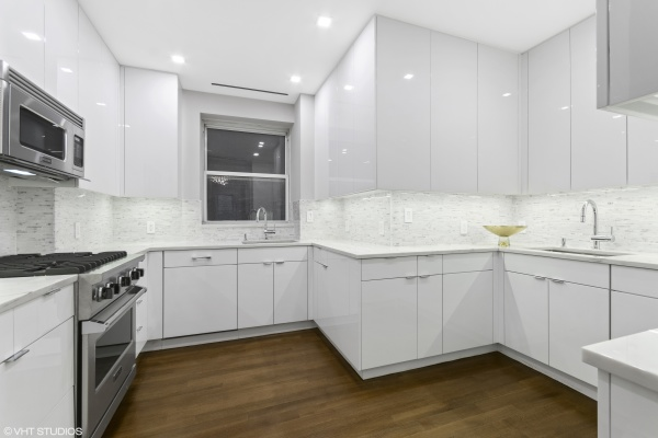 "Custom Brookhaven high gloss ""kosher"" kitchen with 2 sinks and 2 dishwashers"