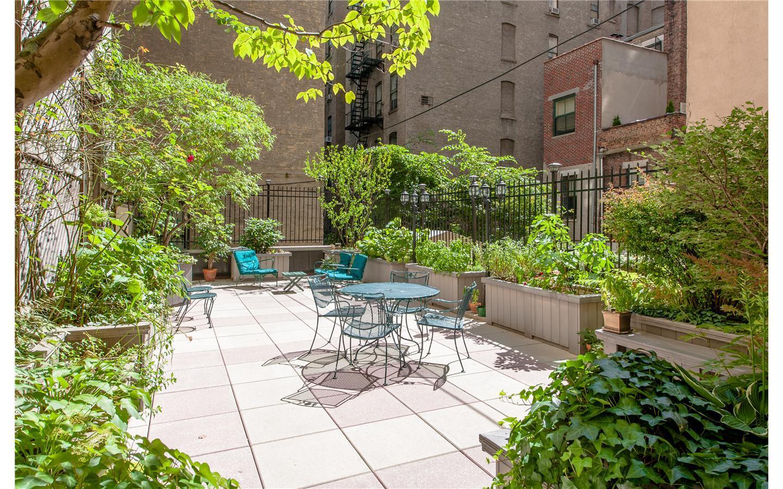 Landscaped outdoor garden