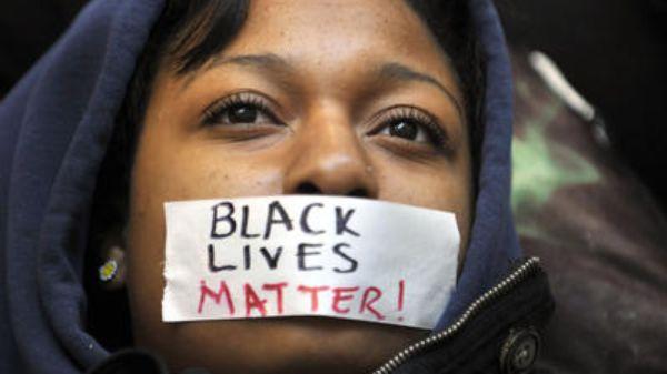 (image via www.uprisingradio.org)