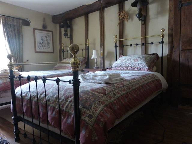 pomona b&b cottage room