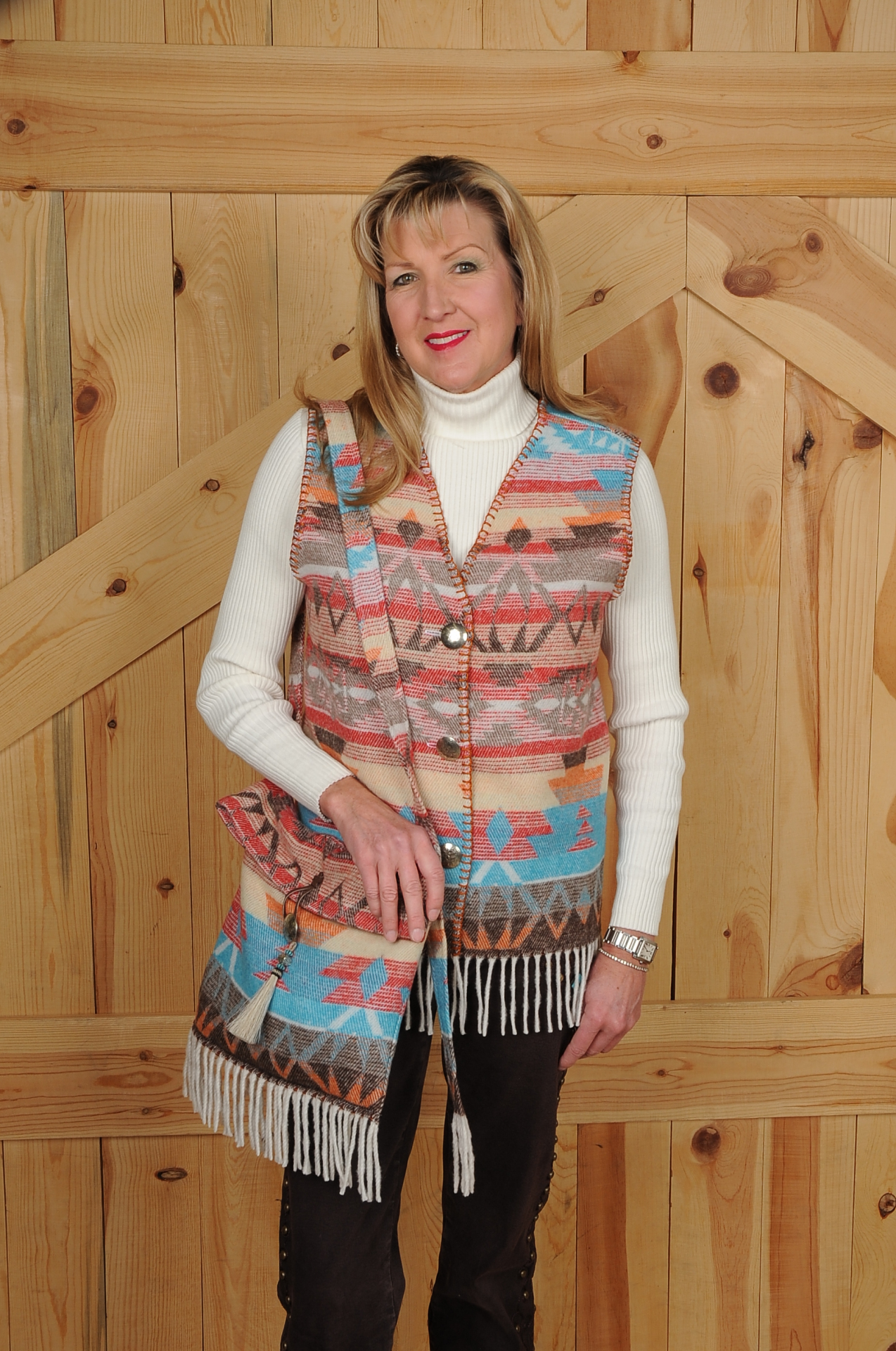 121SFWF - WHITE SANTA FE FRINGE V-NECK VEST            (no pockets) --  $79.95