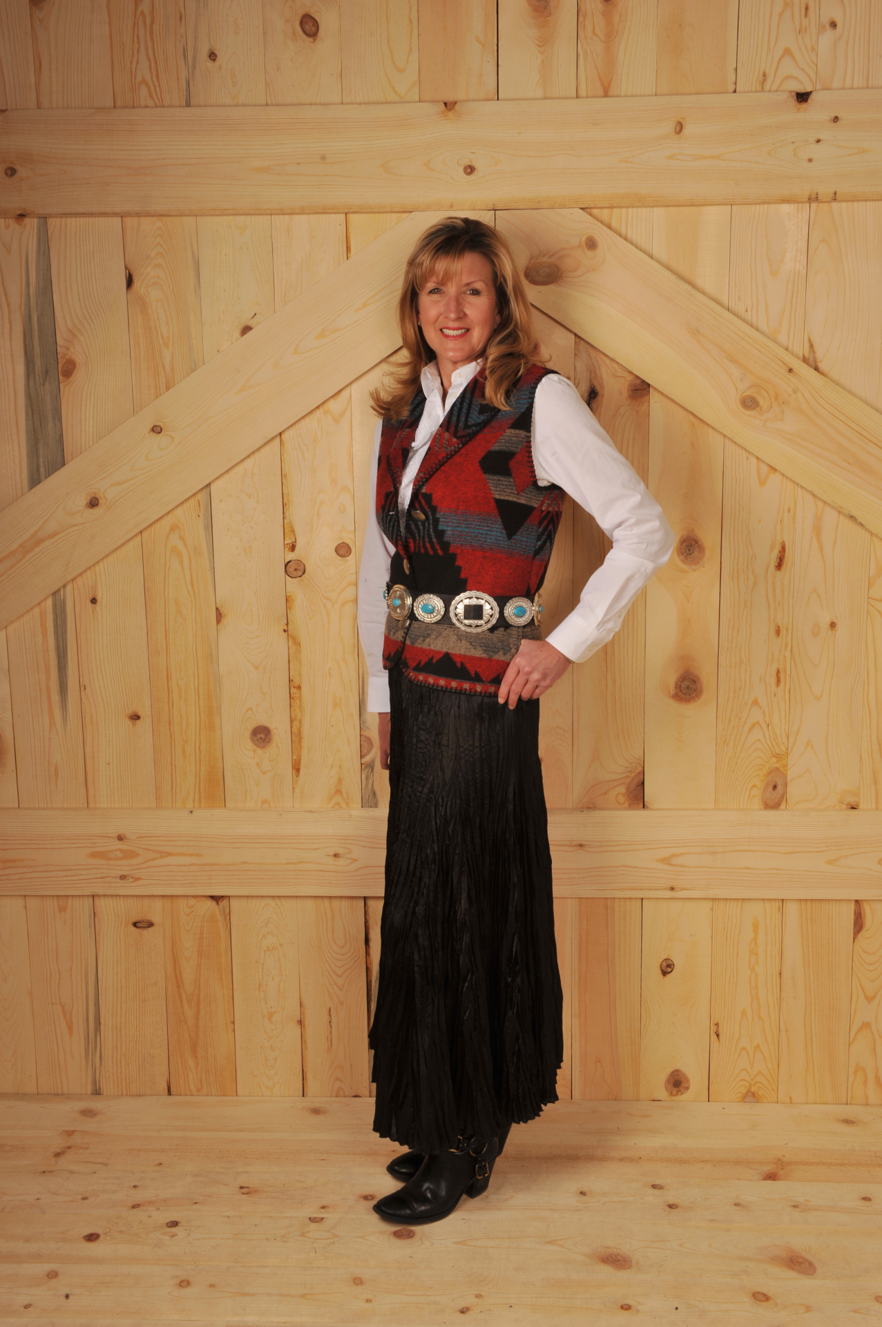 130DKR - RED DAKOTA LONG SHAWL B.S. VEST          $99.95