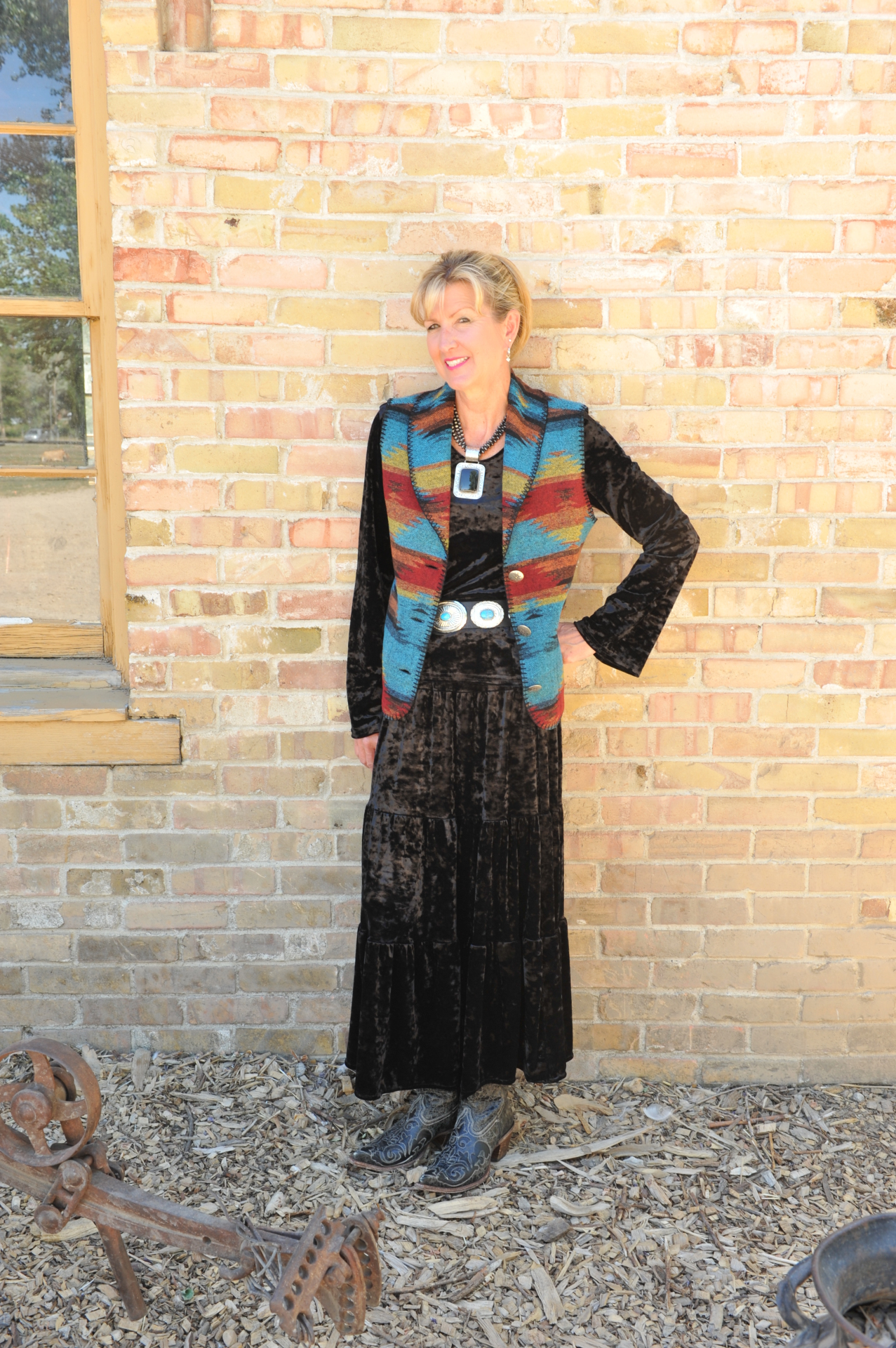 130BE - BISBEE LONG SHAWL B.S. VEST -- $99.95