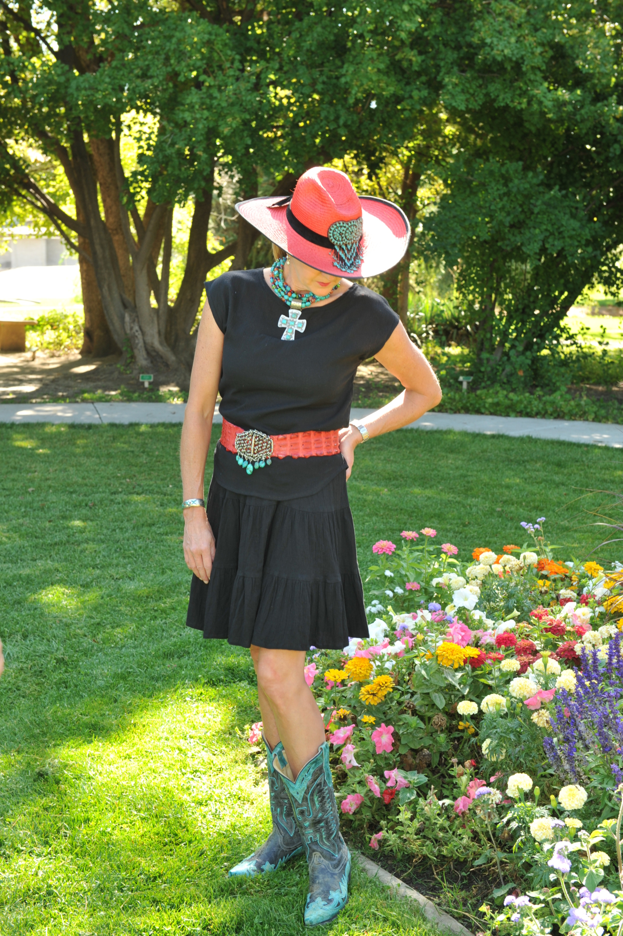 "#518BK - BLACK GAUZE 18"" TIER SKIRT - $54.95"