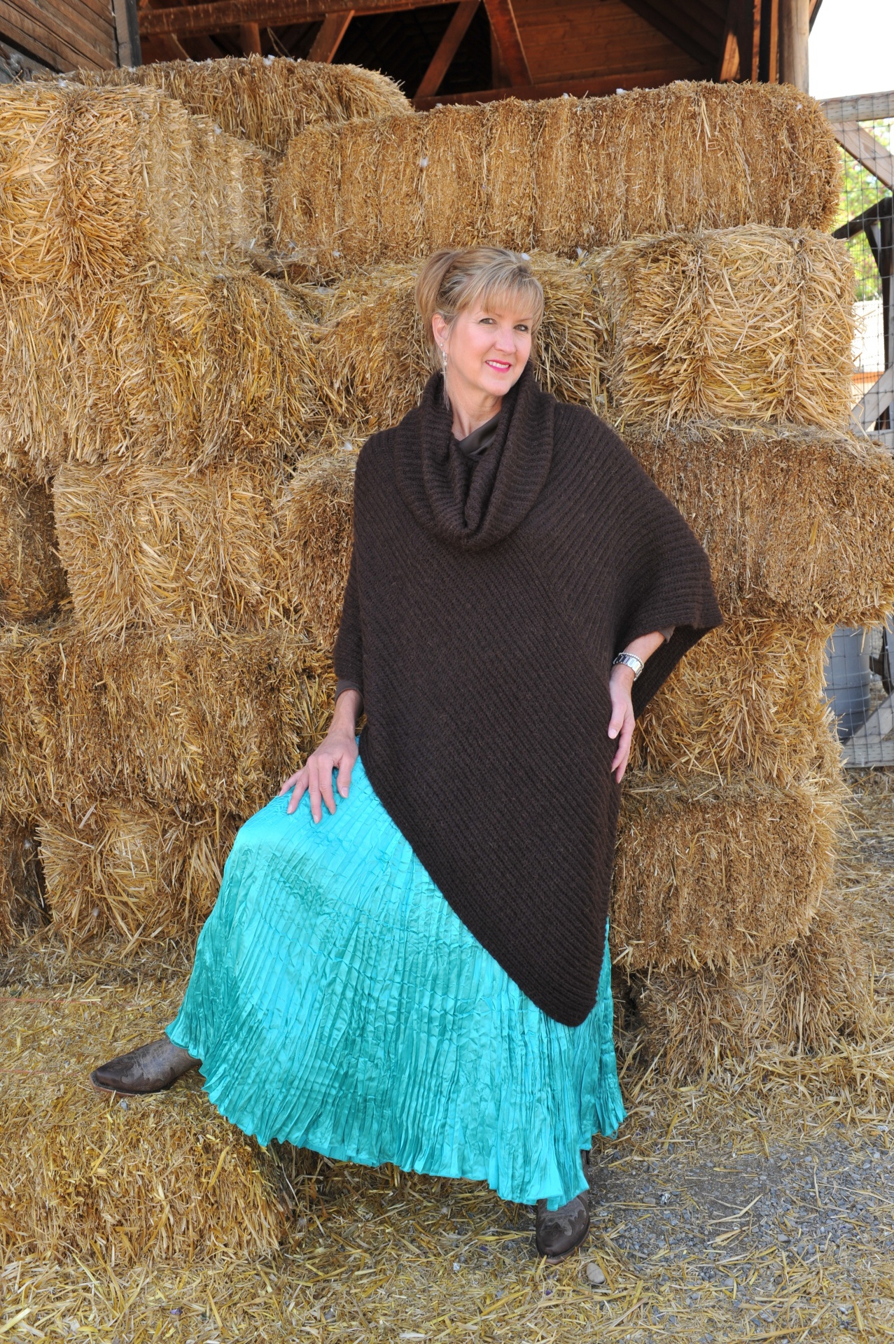 #K215CB - CHOCOLATE BROWN ITALIAN KNIT COWL PONCHO - $99.95 ONE SIZE -- OUTLET SALE $35.00