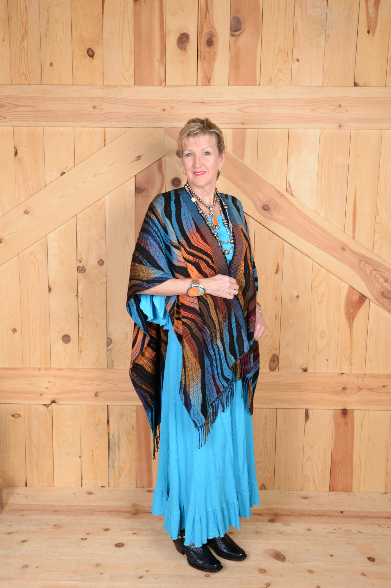 #100WTQ - TURQ. WAVE ITALIAN CAPE                               ONE SIZE - $169.95
