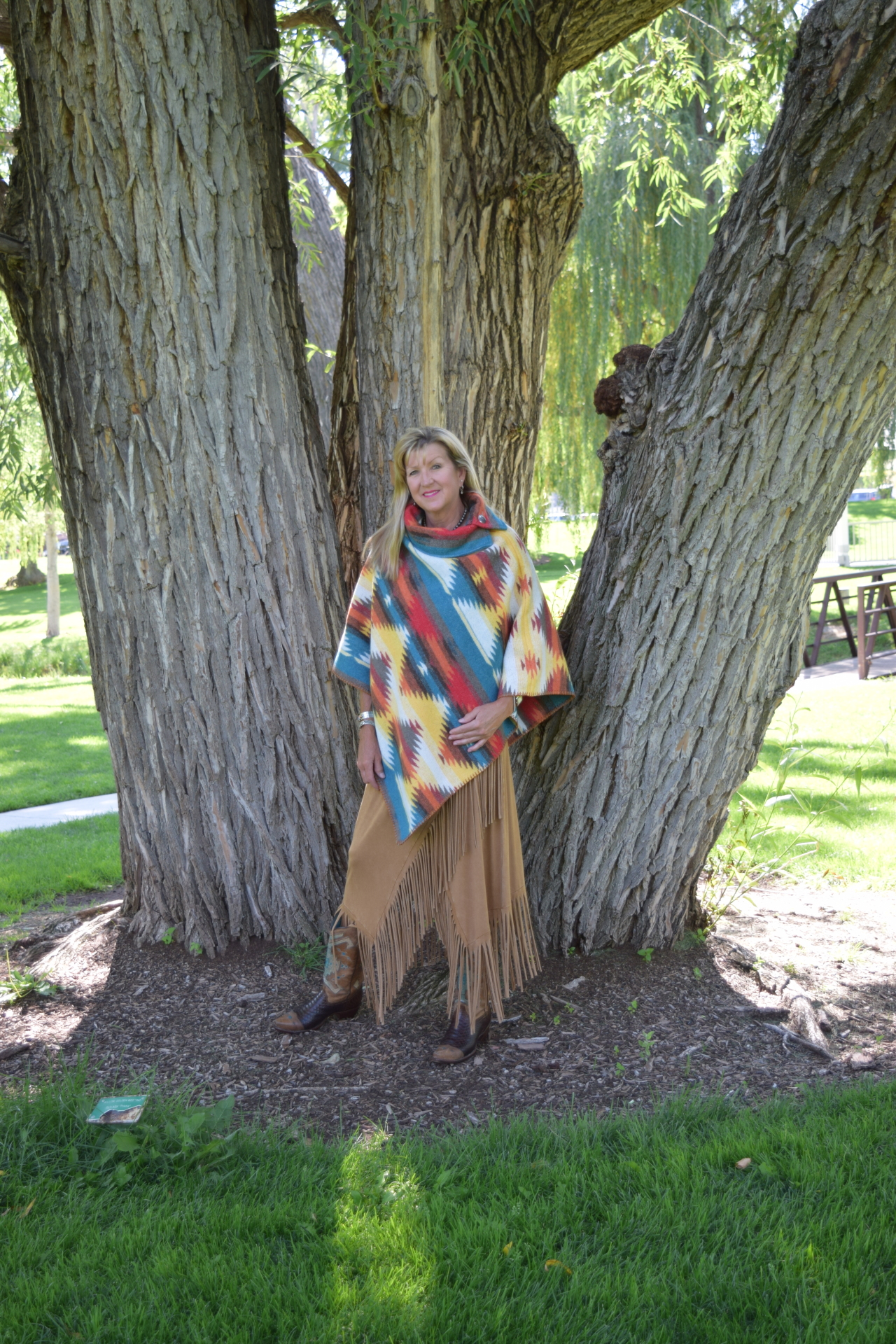 "208SD - SUNNY DAZE BUTTON COLLAR 30"" PONCHO - O/S - $119.95"