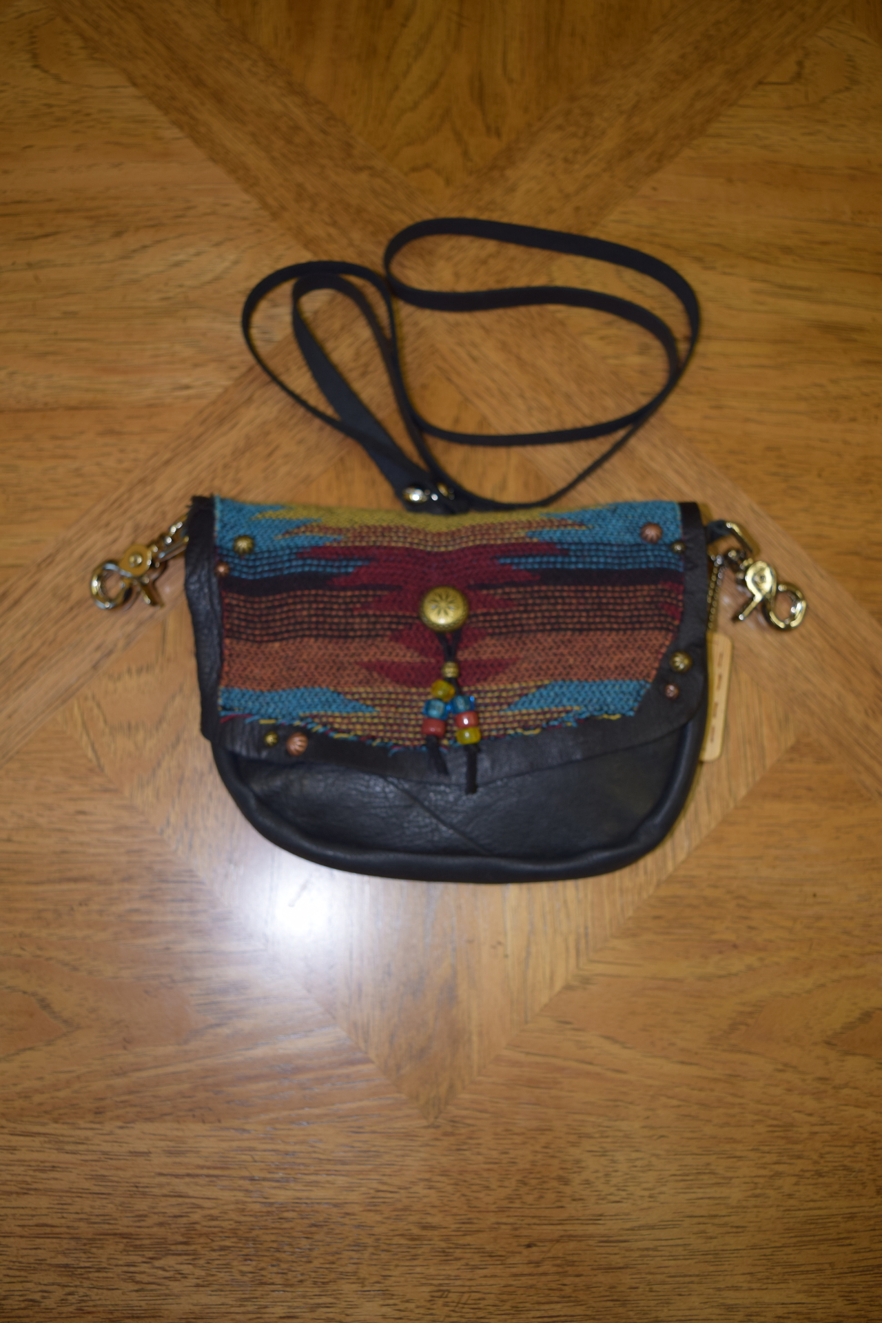 BISBEE LEATHER HIPSTER/STRAP BAG - $110.00