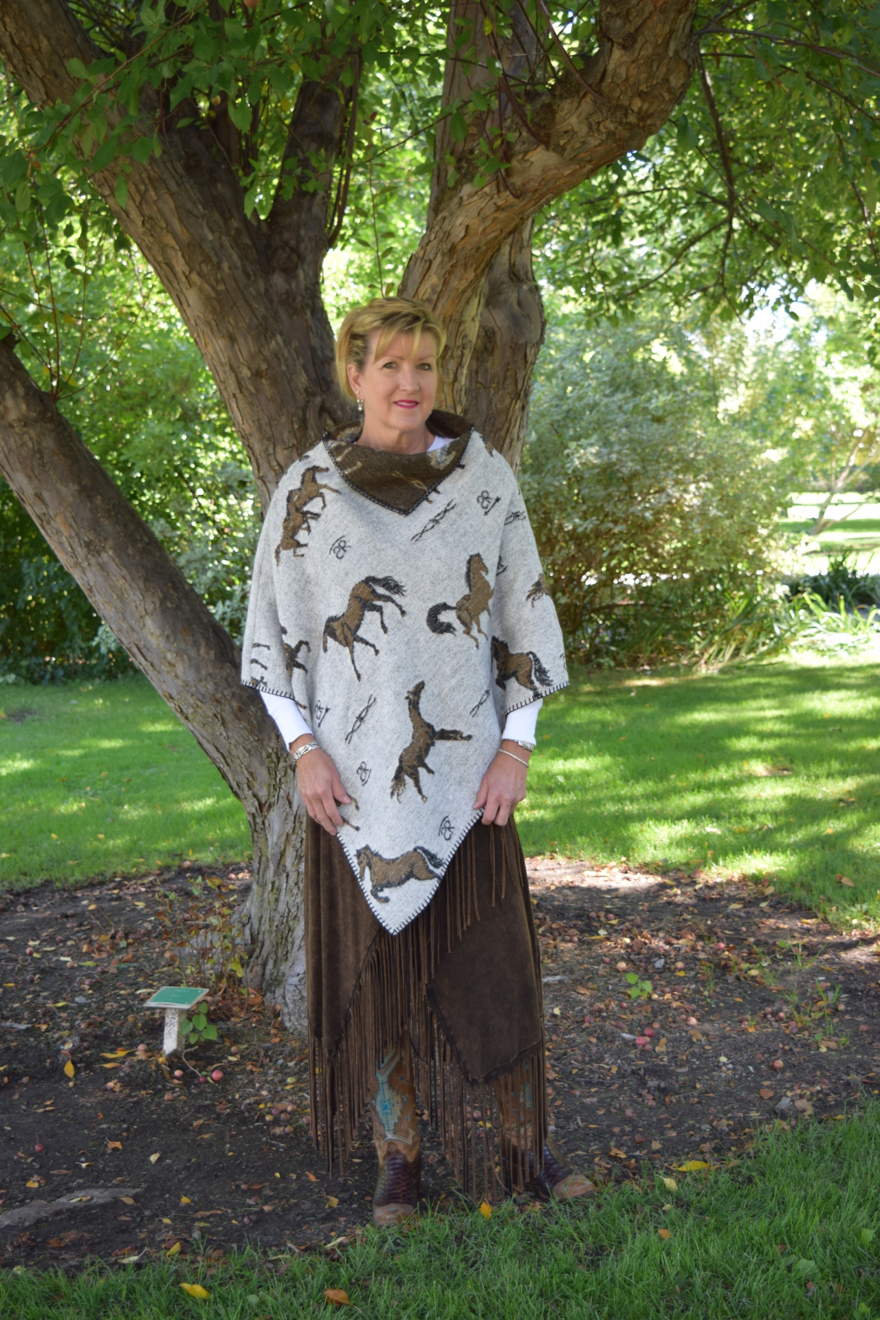 #228HBO - OATMEAL HORSE BRANDS KERCHIEF PONCHO - O/S - $99.95