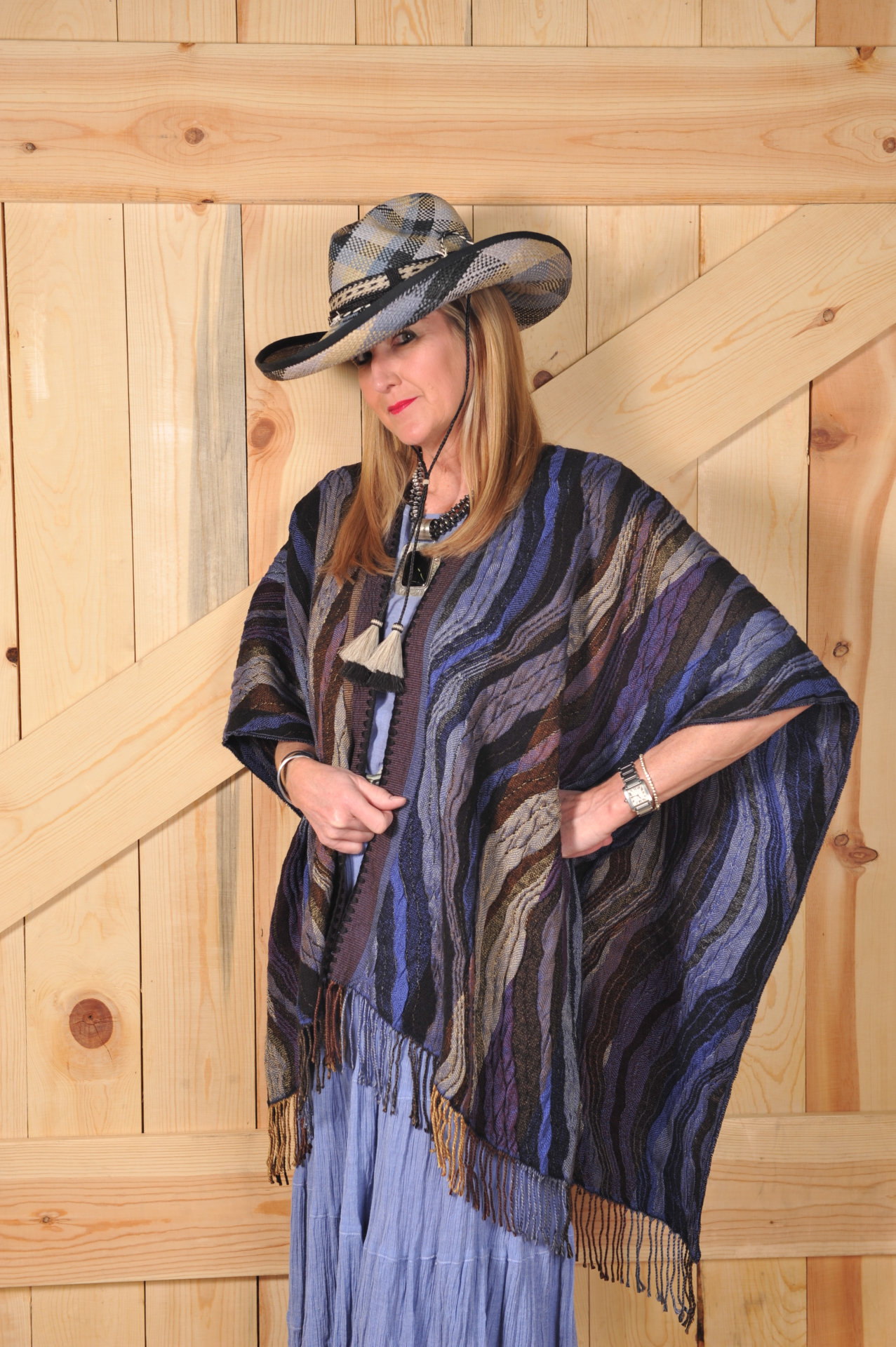 #100WMD - MIDNIGHT WAVE ITALIAN CAPE - O/S - $169.95