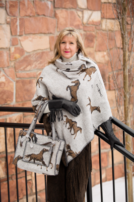 #208HBO - OATMEAL HORSE BRANDS BUTTON COLLAR PONCHO - O/S -- $119.95 & #B10 - ZIP POCKET BAG - $99.95