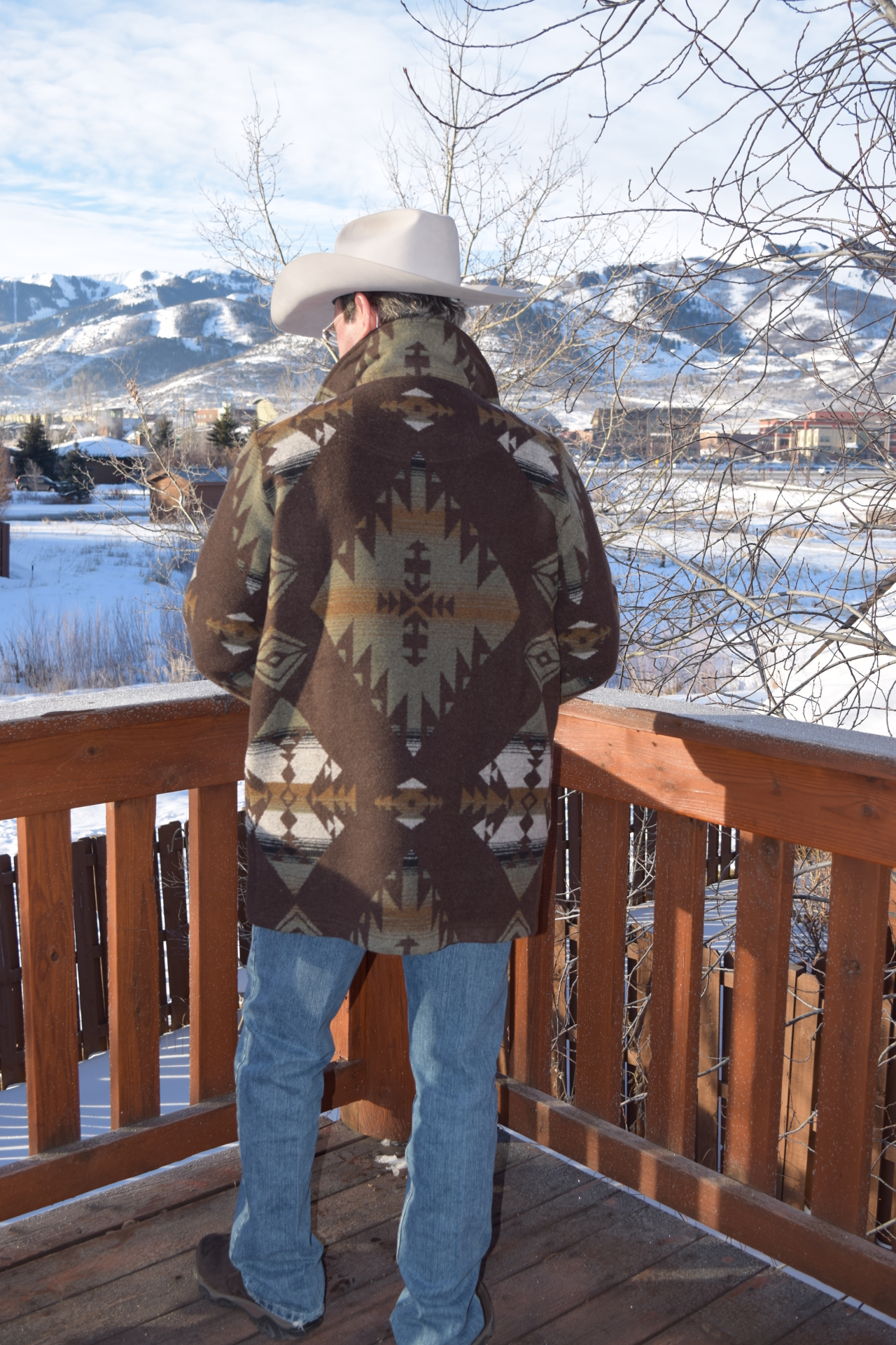 #M858TKS - KEMOSABE TALL TRAIL COAT- back
