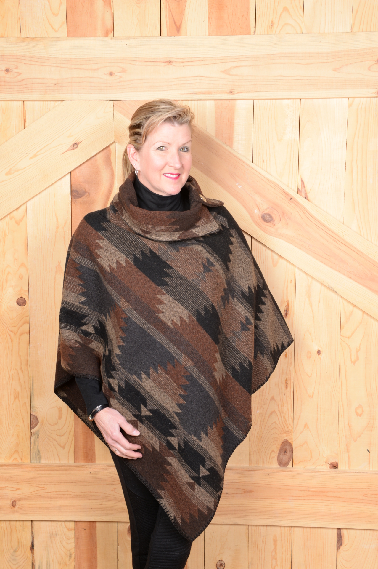 #208BD - BLACK DIAMOND BUTTON COLLAR PONCHO - O/S -- SOLD OUT!