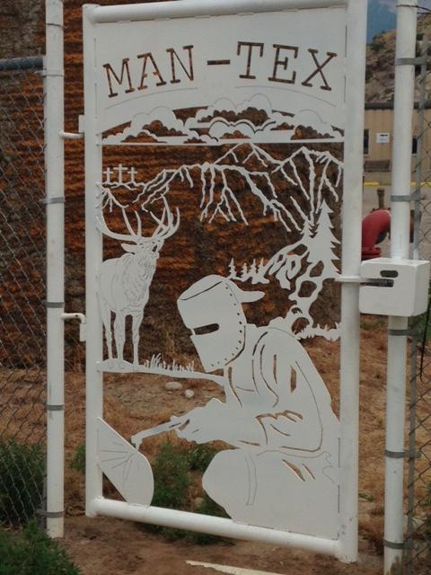 CUSTOM WALKWAY GATE WATERJET MAN-TEX