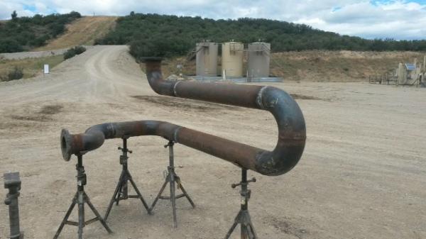 CUSTOM PIPING GAS & OIL FIELD