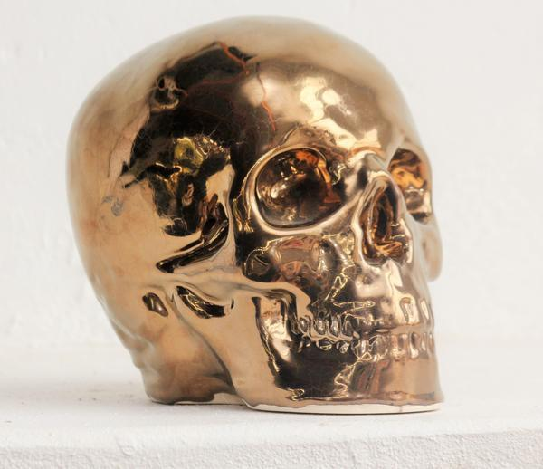 Bronze table skull