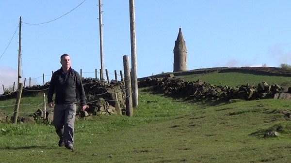 Walking down from Hartshead Pike