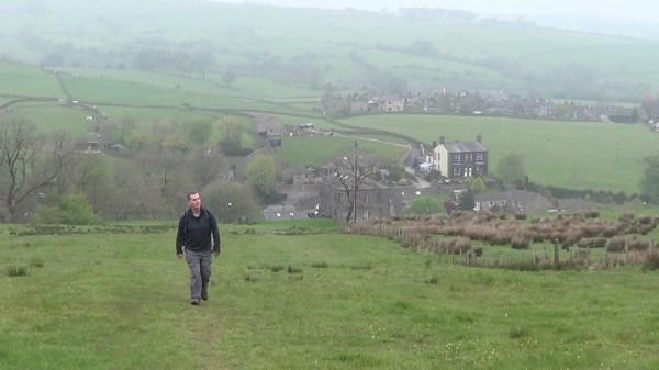 Pennine Way near Cowling
