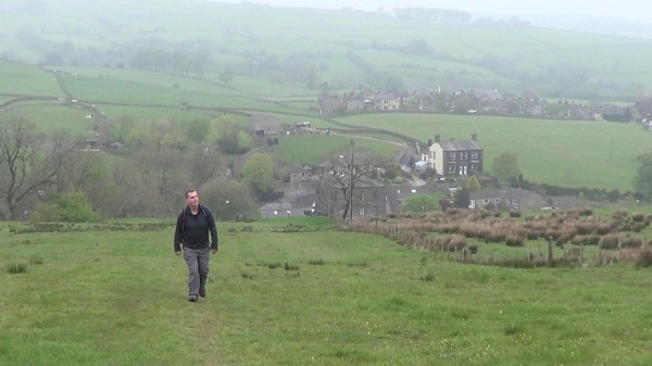 Pennine Way near Cowling
