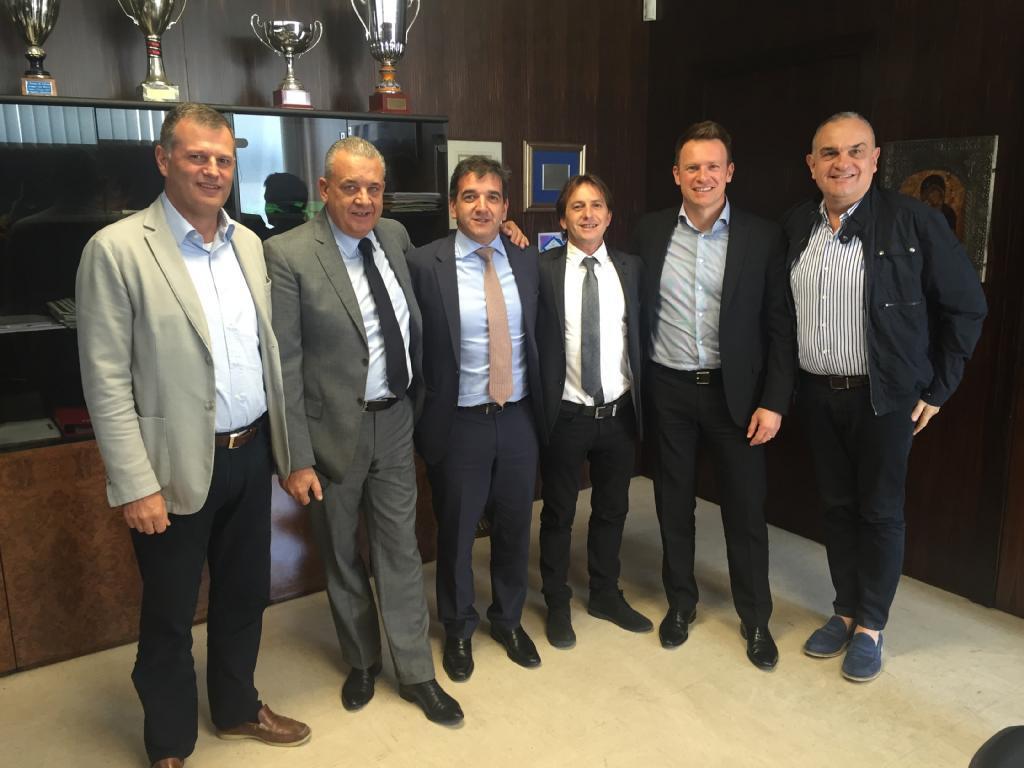 Teslights-Moretti aliance