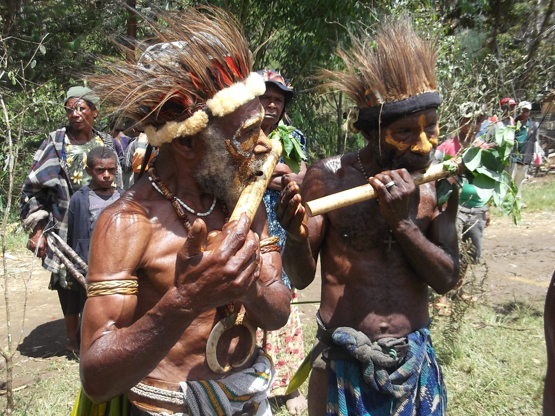 Traditional PNG;  Mt Wilhelm; PNG Tourism; Mount Wilhelm; Climbing; Trekking; PNG; Papua New Guinea