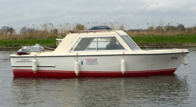 Day boat hire, Norfolk Broads