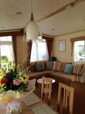 Beachfield 14 - Waters' Retreats @Hopton