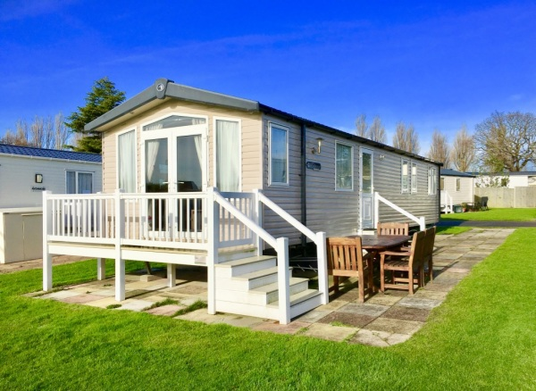 Holiday Homes for hire at Hopton Holiday Village, Waters' Retreats at Hopton, Norfolk Holidays, Caravan Holidays, Haven Hopton Holiday Village