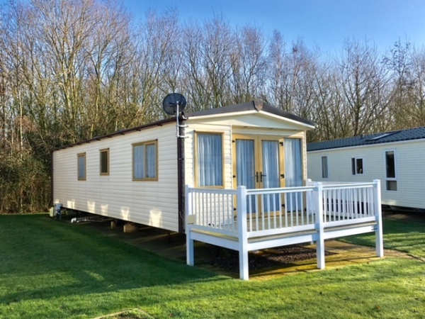 Discount stays on caravan holidays at Hopton Holiday Village, Haven Holidays, Caravan Holidays UK, Great Yarmouth,