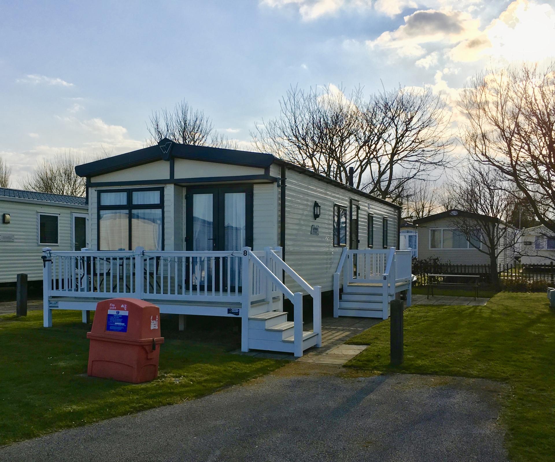 Shorefield 8 - Waters' Retreats @Hopton