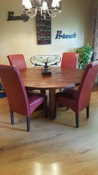 Alder Round Table