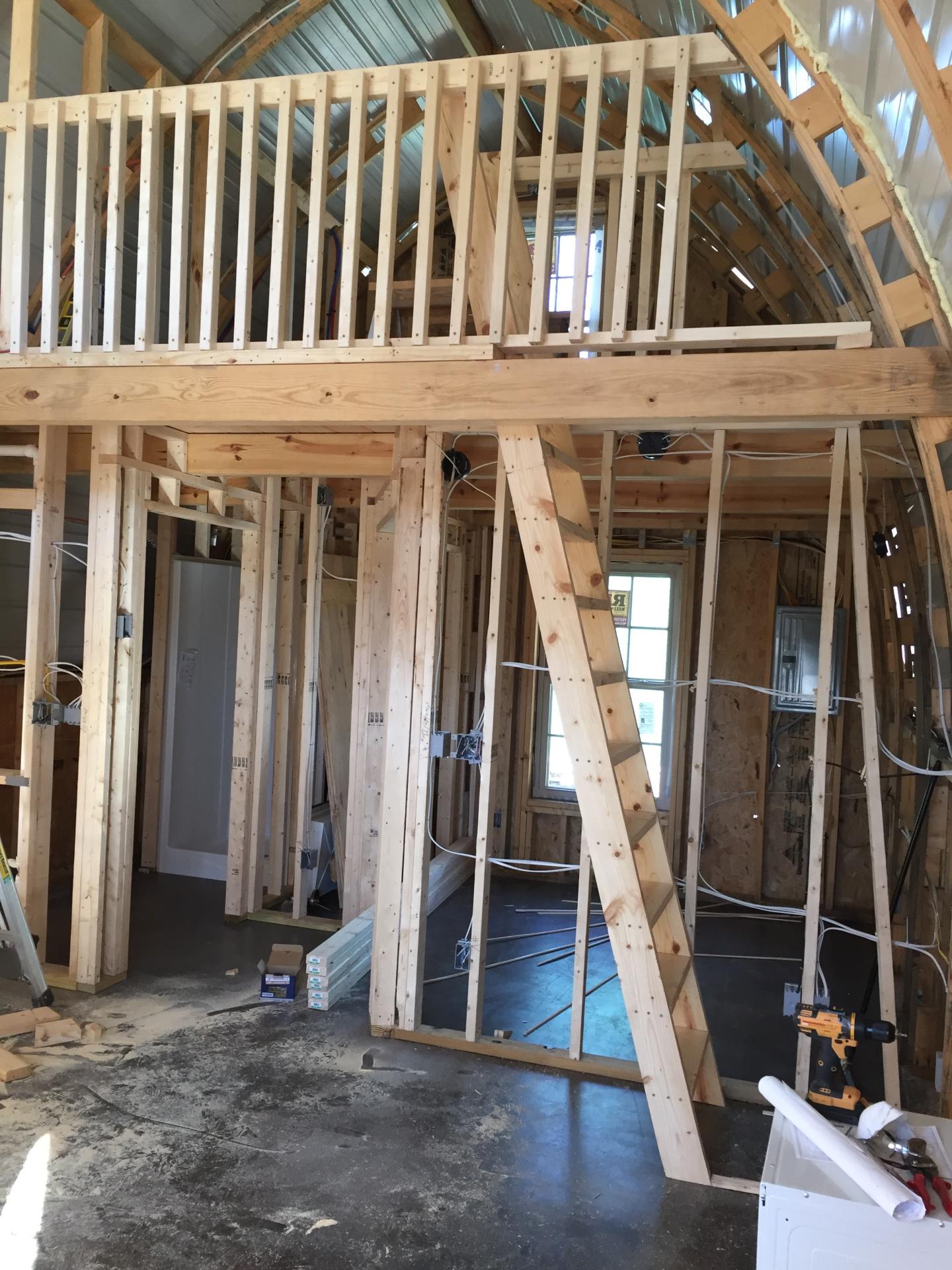 Arched CAb-Inn loft