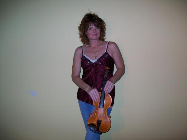 Heather Gentz on Fiddle