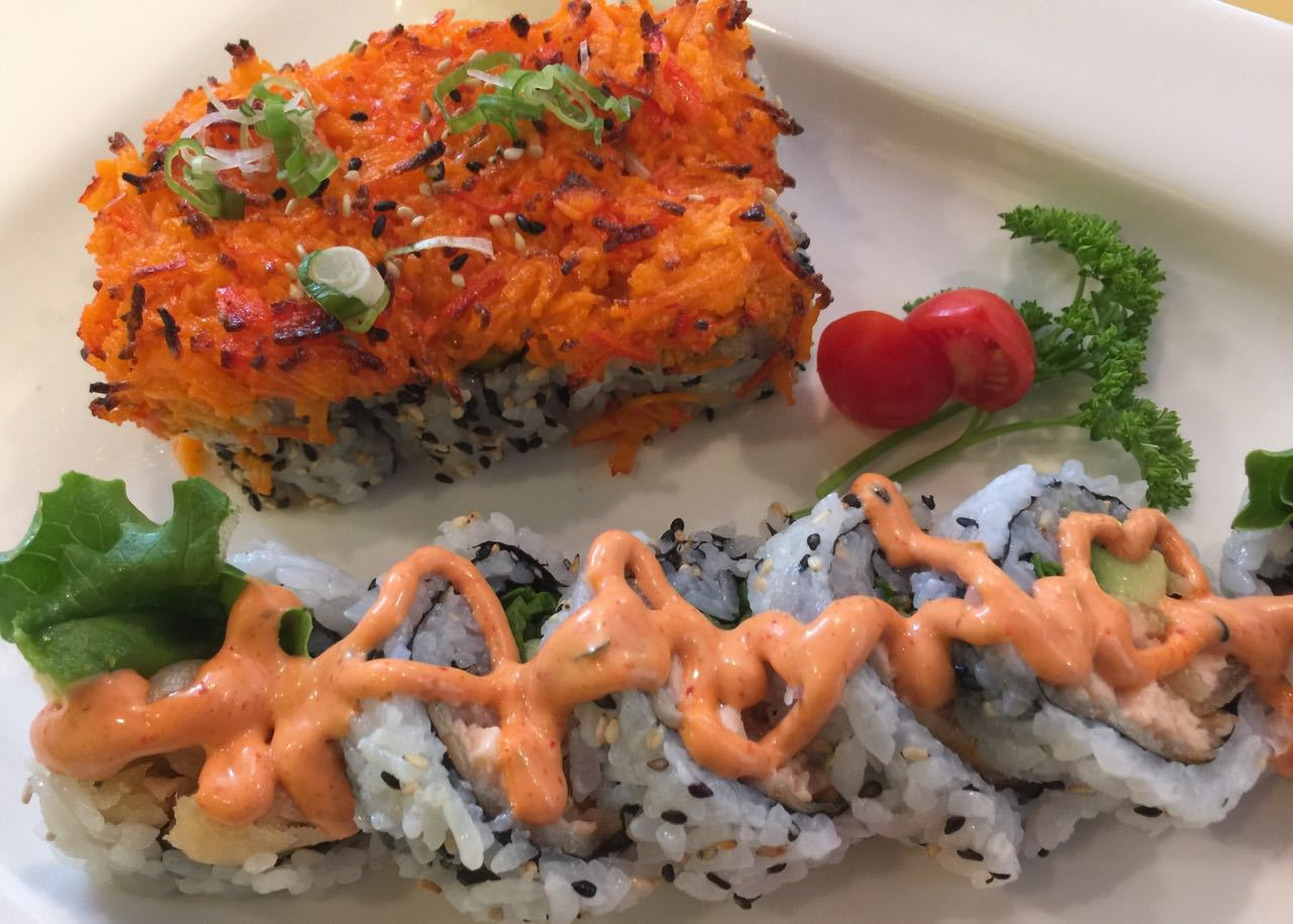 California Deluxe & Salmon Tempura Roll