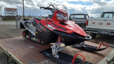 2005 Polaris 900 RMK Red and black on a snowmobile trailer in mountain home, Idaho