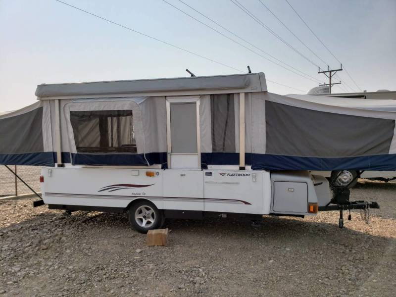 2015 Grand Designs Momentum 350M ToyHauler with multiple slideouts in Mountain Home Idaho