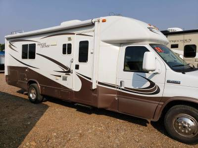 2008 Jayco Eagle Dual Slide out 32ft travel trailer in Mountain Home, Idaho