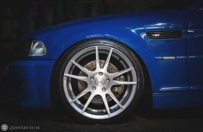 "<img src=""Quantum44-S4-silverwheel-bmwe46M3-wheelpicture.jpg"" alt=""alloy-wheels"" />"