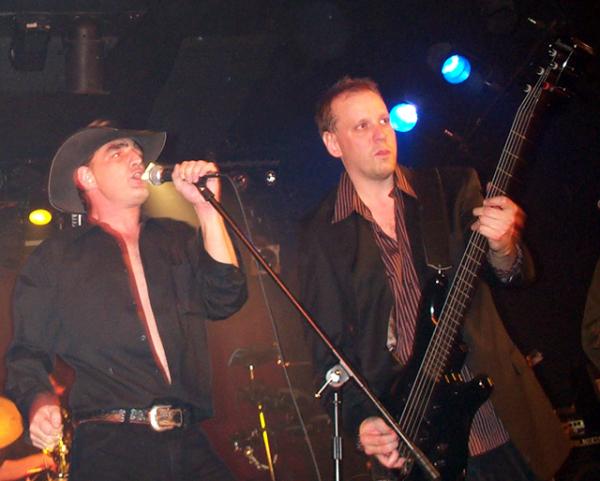 """Bird & Rod recreate U2's """"I Will Follow"""""""