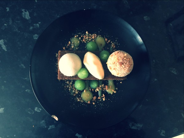 Amaretti coated ginger and lime cheesecake, creme fraiche parfait, lime curd, lime and kiwi gel, gingerbread