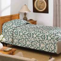 Martex Mainspread Vienna Forest Green Bedspread